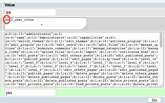 Screenshot PHPMyAdmin: Editieren der Zeile für die Benutzerrollen: Falsches Datenbank-Präfix ist zu sehen.